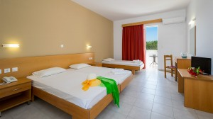 Stafilia Beach Hotel, Rooms
